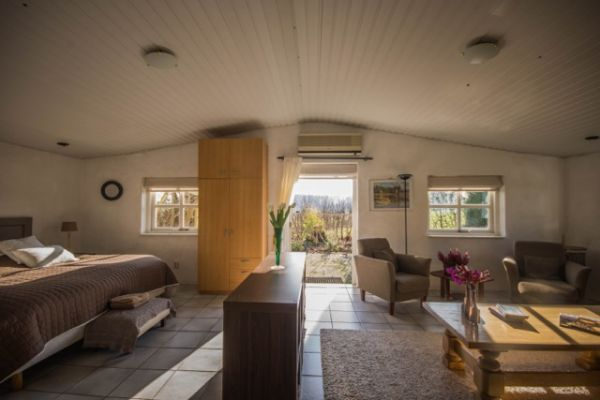 Bed In Woonkamer : B&b bed en breakfast